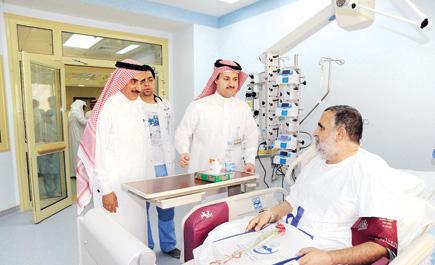 مستشفى الملك خالد يعايد مرضاه ln_146_1.jpg