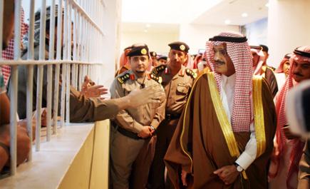 """""""صورة"""" زيارة أمير الرياض للمفحطين"""