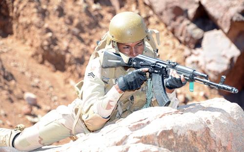 الموسوعه الفوغترافيه لصور القوات البريه الملكيه السعوديه (rslf) Fe_148_4