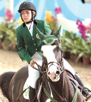 اولمبياد الشباب السعودية دلما محسن اول رياضية خليجية تحرز ميدالية اولمبية البحرين صحيفة الوسط البحرينية مملكة البحرين