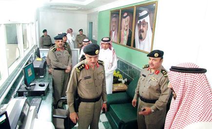 دشن ها اللواء أبو حيمد بحضور مدير مركز المعلومات الوطني بالرياض