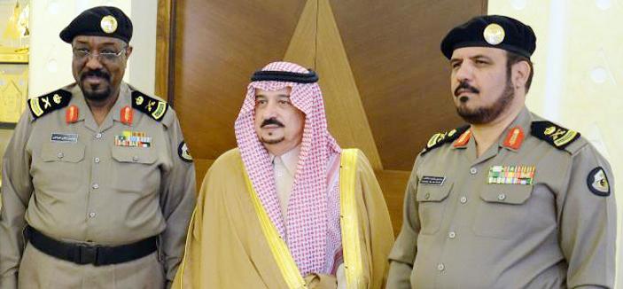 الأمير فيصل بن بندر يقلد الهباش رتبة (لواء)