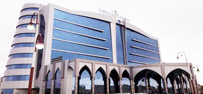 مستشفى متعب بن عبدالعزيز بسكاكا يقيم معرضا توعويا عن سرطان الثدي