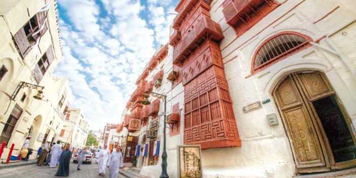 جدة التاريخية تعيش أجواء رمضان بمتاحفها وفوانيسها ومهرجانها التراثي